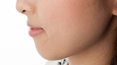 小顔になりたい!を叶える効果的な小顔施術とは?